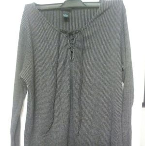 2X Long Sleeve Lace Up Ribbed Top